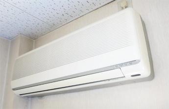 壁掛型エアコンクリーニング